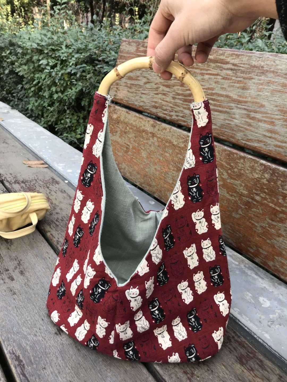 一个超可爱的手提包